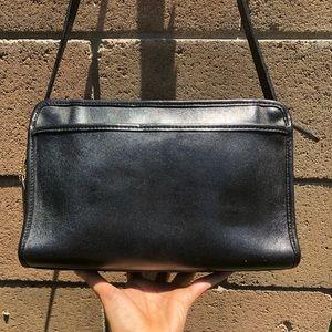 Vintage Coach Swagger Bag 9820